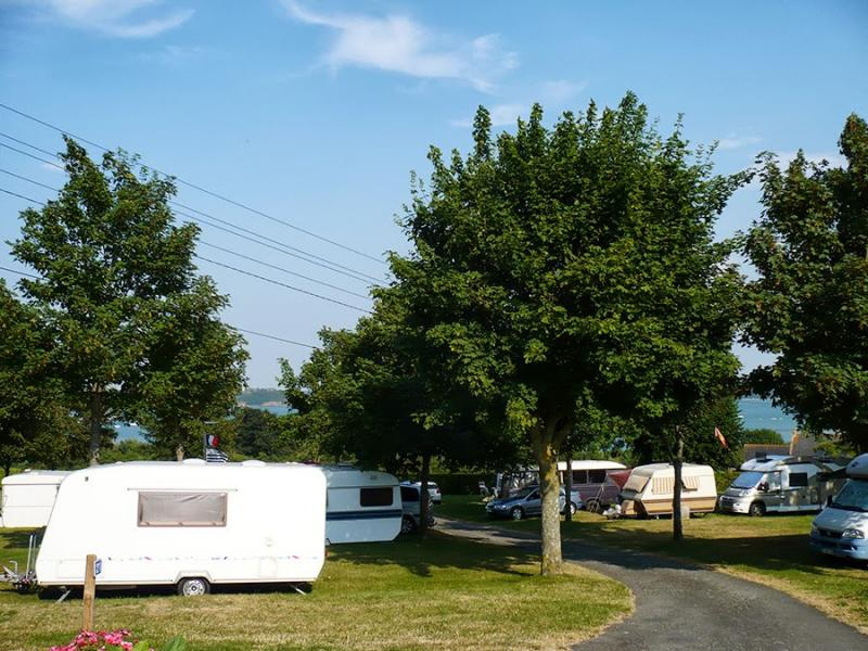 Camp municipal le rivage n c le minihic sur rance for Camping camp municipal au jardin